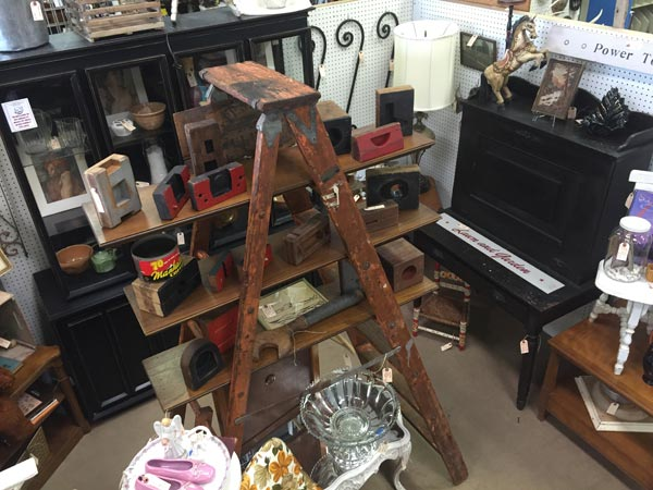 Charming St. Charles Antique Mall Has Been Voted #1 Antique Mall In St. Charles  County Since Opening In 1994. This Store Has A Large Variety Of Antique, ...